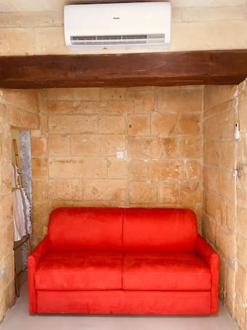 Room98