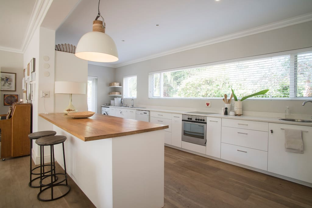 Fab family home upper constantia cape town houses for for Kitchen lights cape town