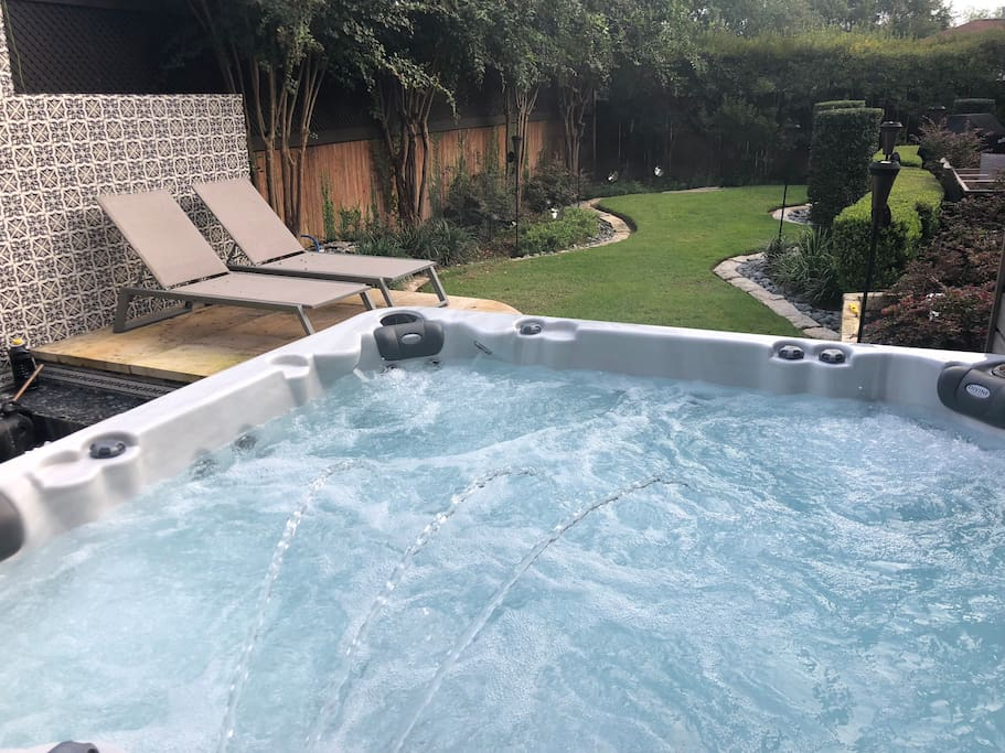 116-jet new high end hot tub