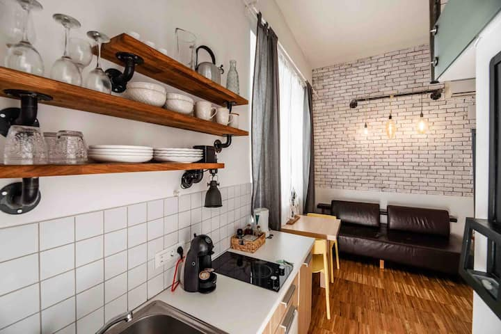 Loft like city studio, 10min walk from city centre