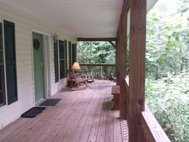 Mountain Home close to Asheville - Fletcher - 獨棟