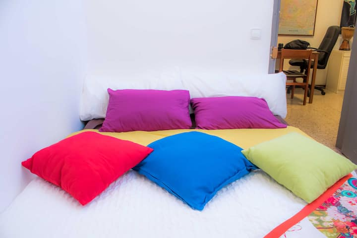 Double Bed Room Near Sagrada Familia 03