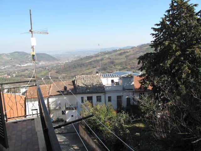 Panorama dal balcone della camera da letto padronale(si vede il mar Adriatico)