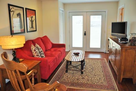 Seven Springs Area Guest Suite