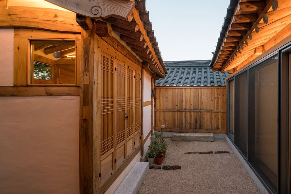 A modern hanok with fine detail