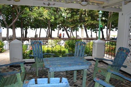 Casa Balcones de Costa Azul - Kisház
