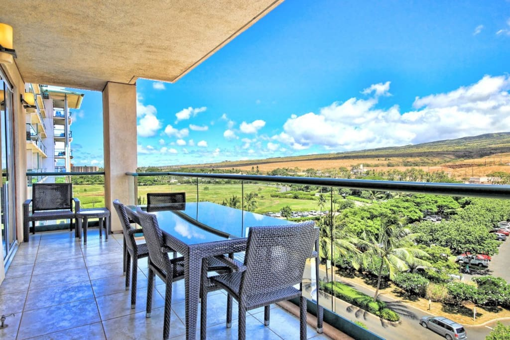 Your private lanai has a dining table for 4, as well as some amazing views.