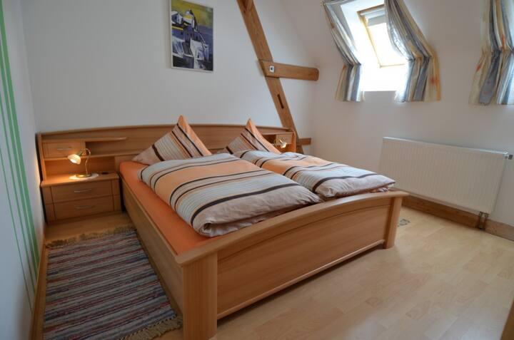 Ferienhaus Teubner (Merkendorf), Ferienwohnung 4 mit Balkon
