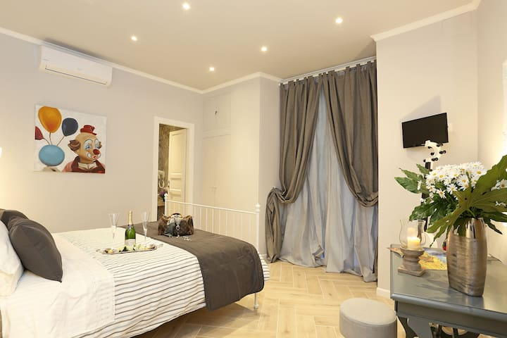 Romantique Apartment Colosseo - Roma - Pis