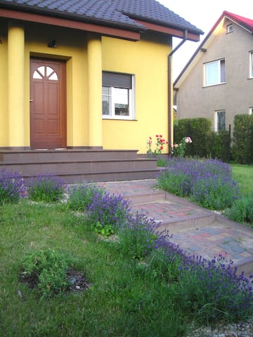 Lovely new house + garden & garrage - Poznań - House