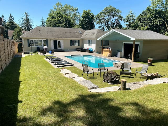 Take a break and relax by the pool – Sleeps 6