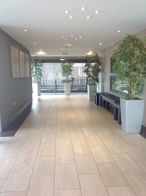 High security Entrance with 24 hr Concierge