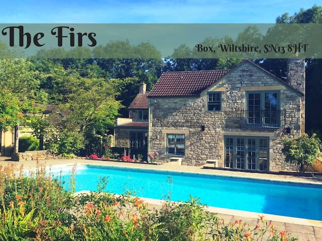 Large Country House, heated pool & great views!