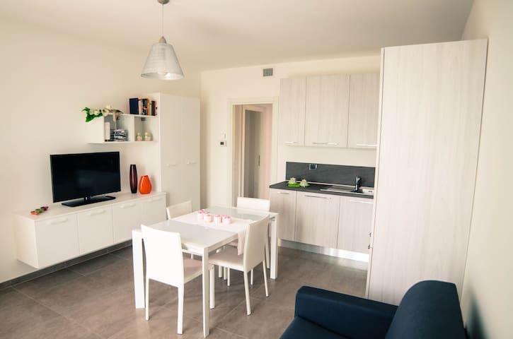 Trilocale nei pressi di Verona - Beccacivetta-azzano - Apartamento