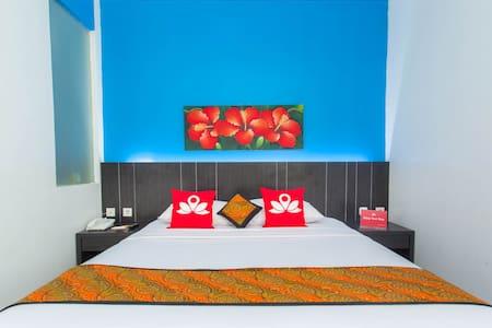 Chic Room at Cengkareng - Benda