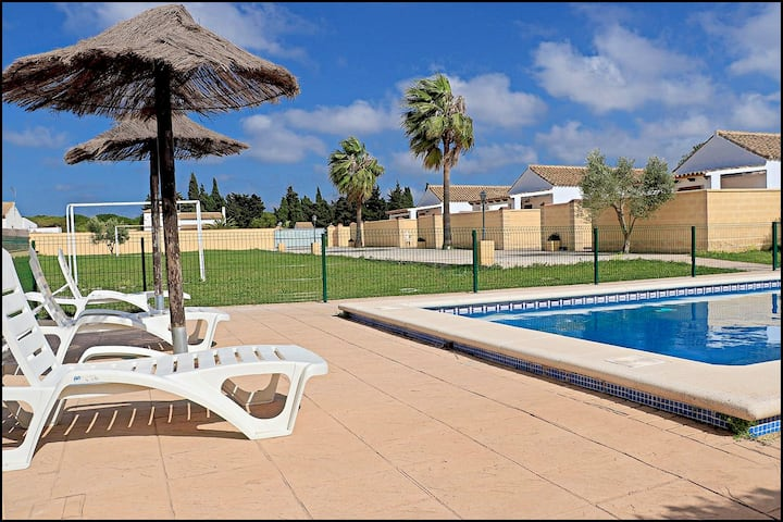 Tourist Complex with Pool in Conil (171)