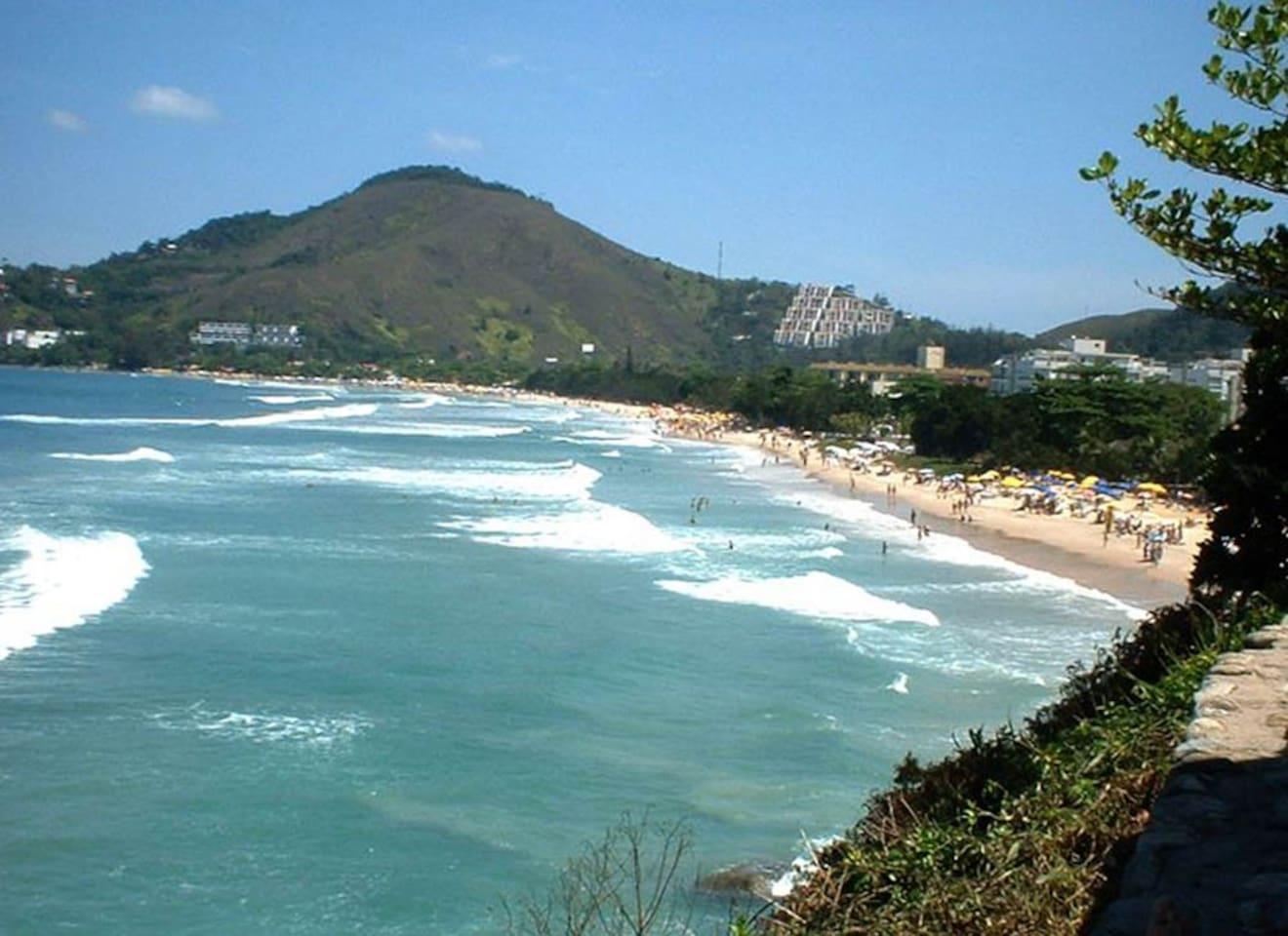 Vista da praia das Toninhas