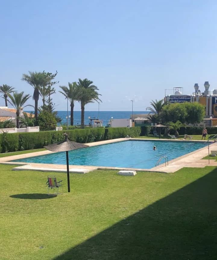 New apartment in 1 min to the sea Wi-Fi&condition