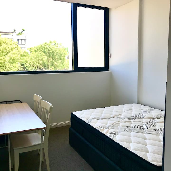 Rosebery Private room close to airport city UNSW