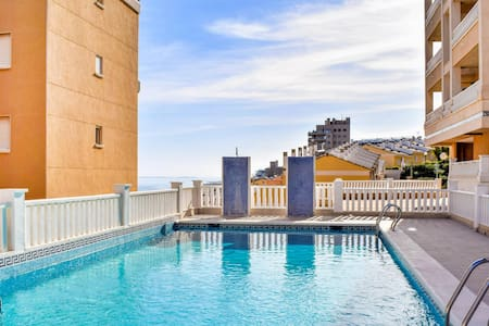 Holiday apartment with 2 bedrooms on 48m² in Los Arenales del Sol