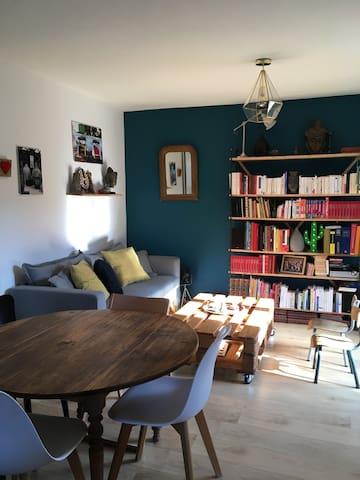Chambre dans maison idéalement située