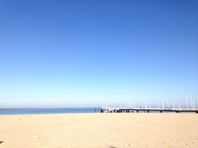 Farniente sur la plage de la Jetée Thiers.