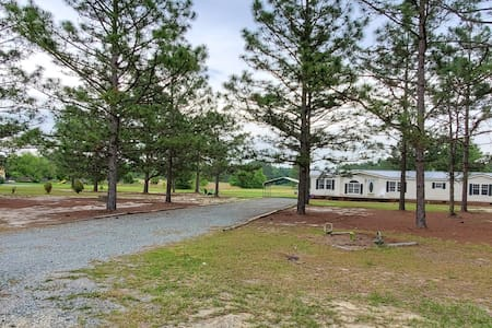 Quiet country living 10 mins from town & golf!