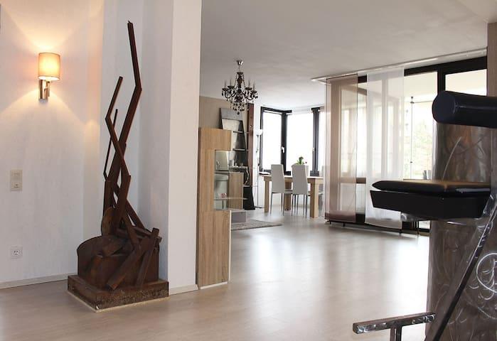 Cozy Deluxe - Flat, ruhige 3 Zimmer-Wohnung, 90 qm