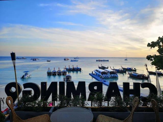 Charming Villa Beachfront Lipe
