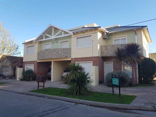 Duplex-miramar-a-9-cuadras-del-mar-y-4-del-centro