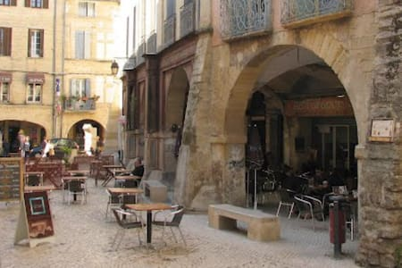 Chambre Cœur Centre historique Sommieres