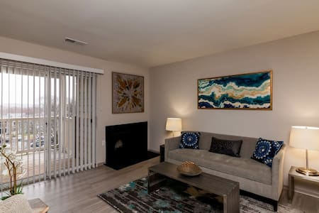 Stay as long as you want | 2BR in Columbia