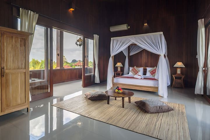 Loka pala*Wulansari Suite Wooden Villa