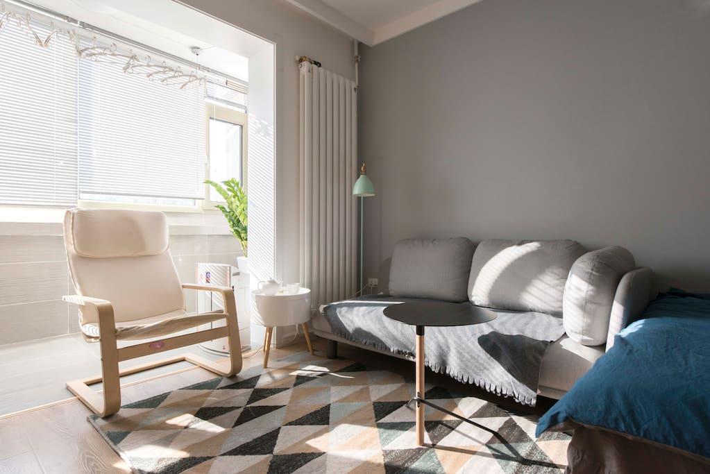 主卧室-    80后空间/家具设计师一个,坚信一切不为使用的设计都是耍流氓。