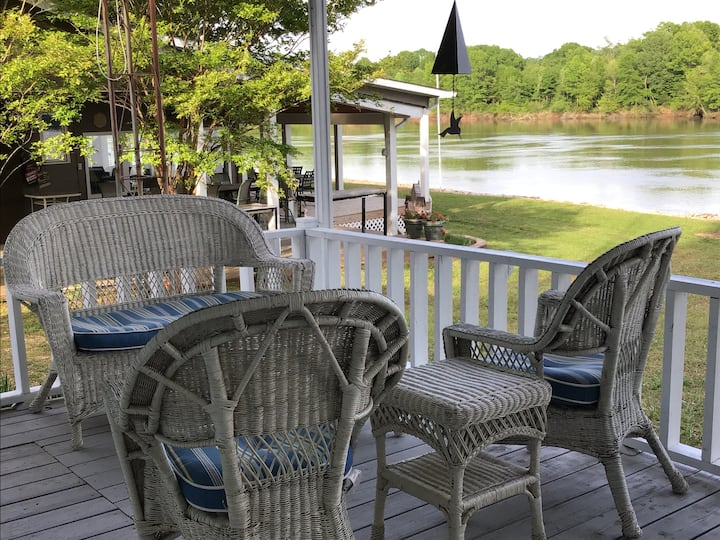 Tennessee River Retreat