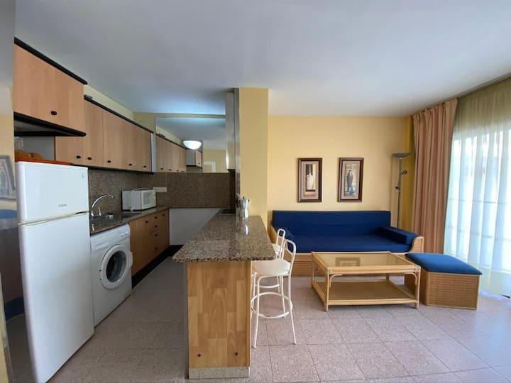 Apartamentos Aventura Salou. Cerca de todo (N305)