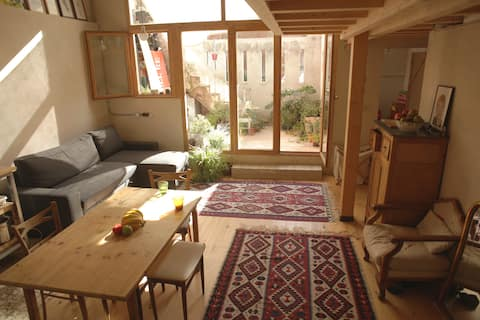 Sunny and lovely house