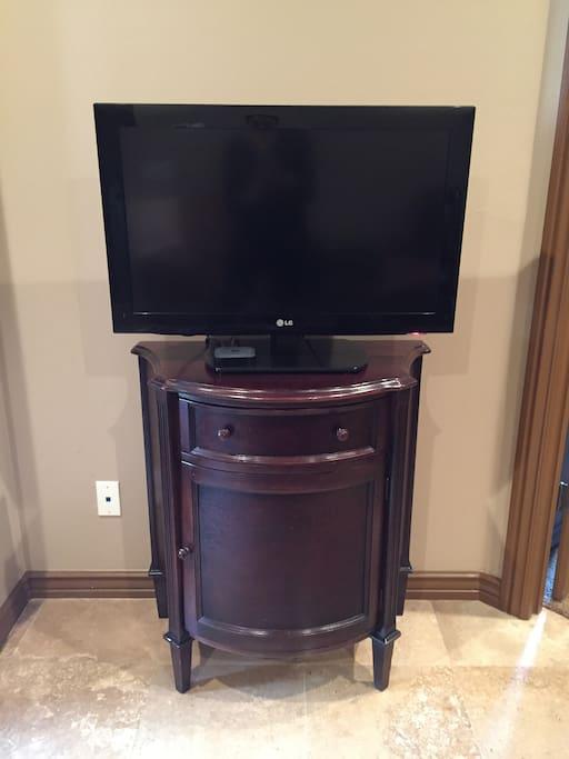 Flatscreen LCD with Apple TV