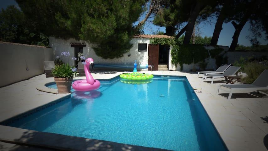 maison T4 avec piscine privée et chauffée