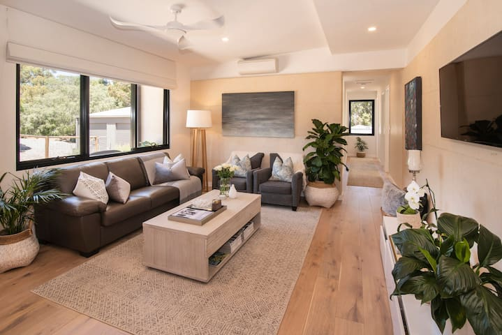 Refresh @ Yallingup - 1 or 2 Bedroom Luxury