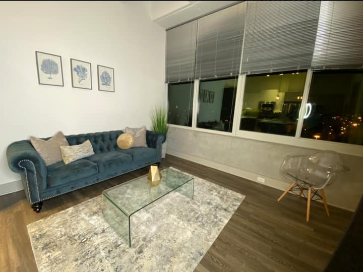 *Modern Apt.  W/ Luxury View In Downtown ATL *