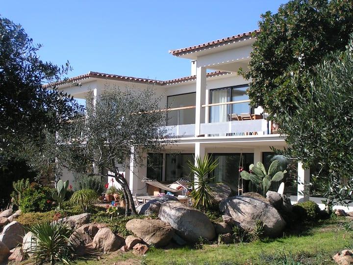Villa l'Orage Vardiola à deux pas de la plage