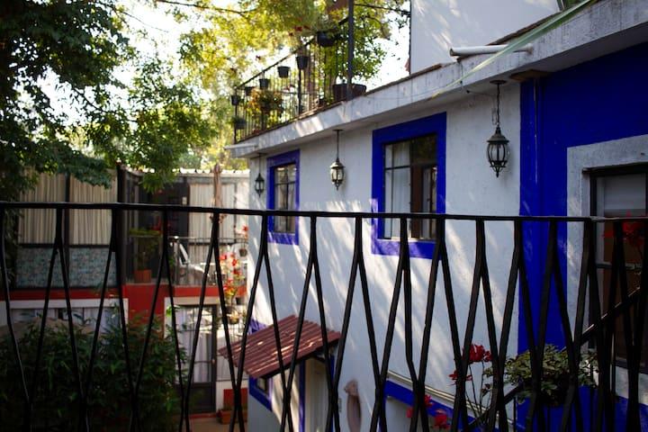 Habitación en la Casa Azul, Coyoacán