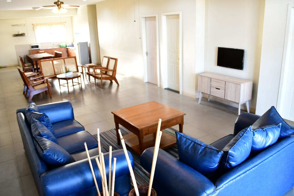 Spacious Living Area with Open Kitchen and Dining Space