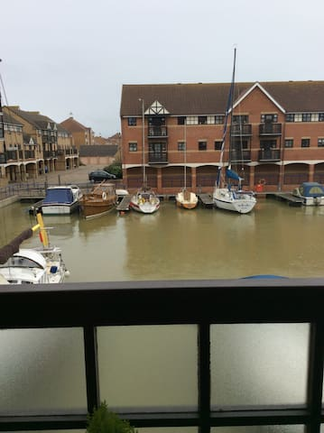 Small double room - Shoreham-by-Sea