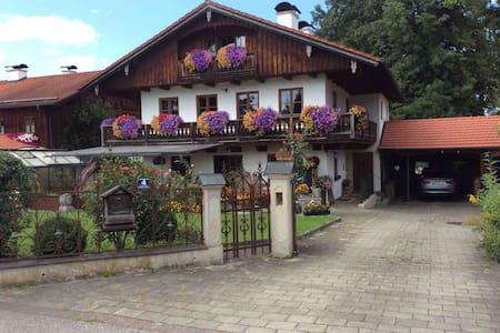 Ferienwohnung südlich von München