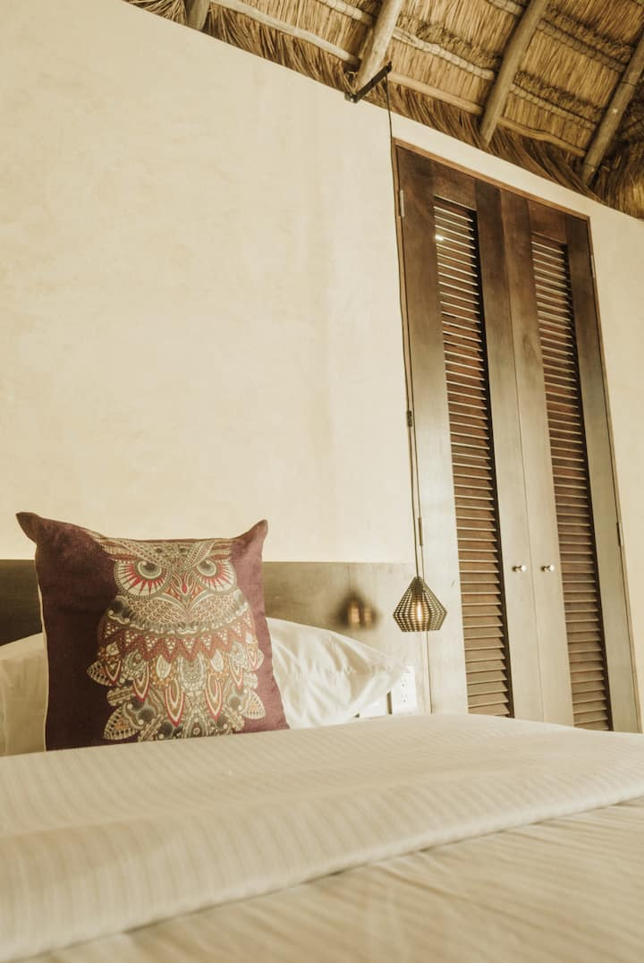 Deluxe Rooms Eco Chic Bed & Breakfast at La Veleta
