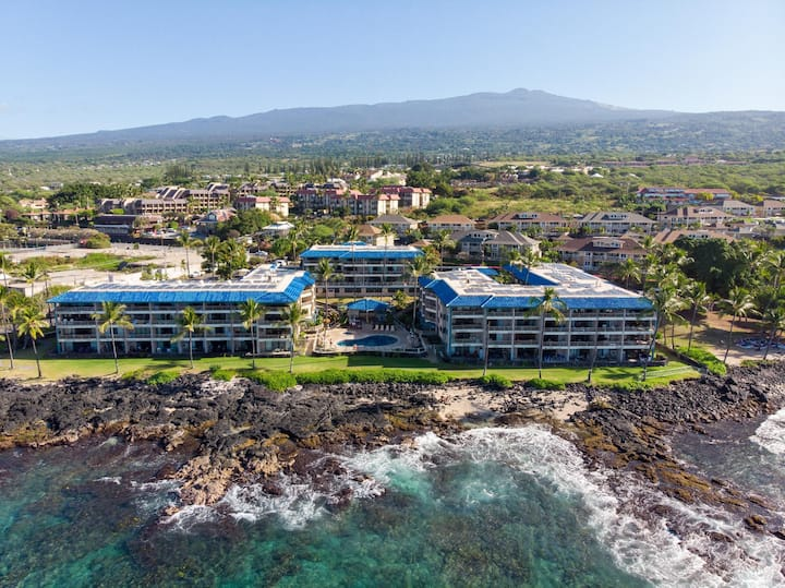 Mahalo | Gorgeous 1 Bed Next to the Beach