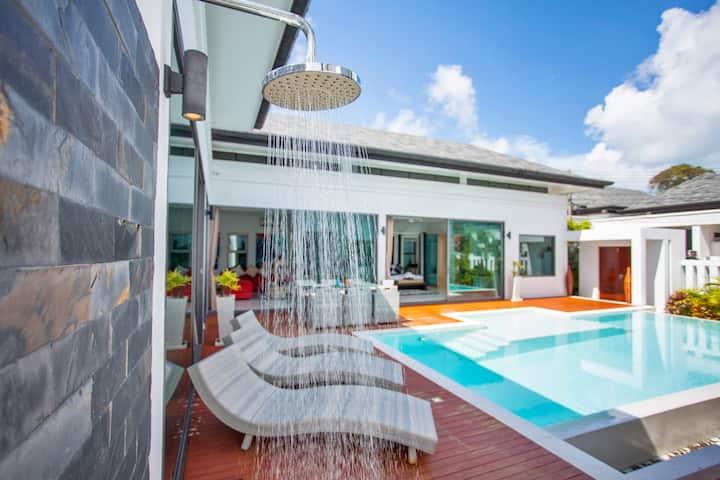 豪华现代别墅,泳池,三卧室,拉威