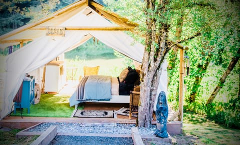 Cozy Glamping - Forested  Oasis.  Relax~ go deep.